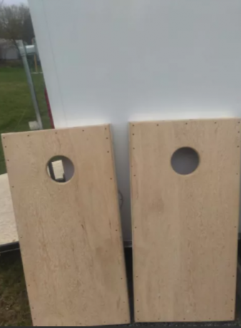 corn-hole-boards-and-bags-and-ladder-ball-big-1