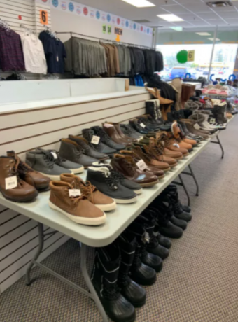 clothing-shoes-6-and-up-for-sale-big-2