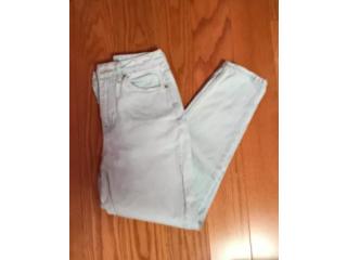 Topshop Light-Washed Mom Jeans Size 25