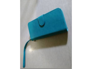 Iphone wristlet case-new cond