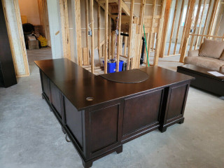 Gorgeous Like-New Executive Desk Suite