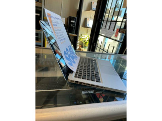 MacBook Pro (13-inch, Mid 2012) .- i5 - 8GB RAM- 256GB SSD.- FREE Shipping across Canada - 1 Year Warranty