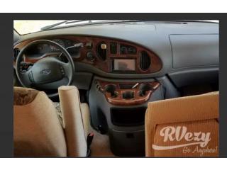 2002 Ford Duchman (Rent RVs, Motorhomes, Trailers & Camper vans)